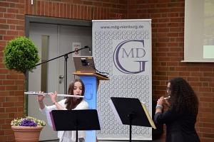 Begrüßungsmusik von Joline Adolph und Siri  Groeneveld©MDG-Nienburg