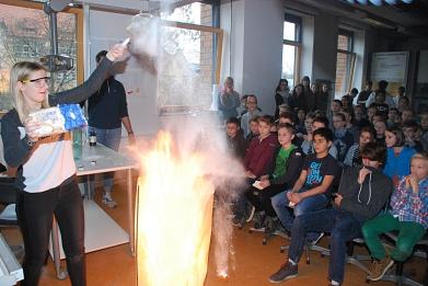 Chemie1©Marion-Dönhoff-Gymnasium