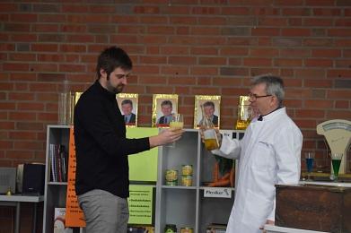 Chemiker gaben Kostprobe ihres Könnens©MDG-Nienburg