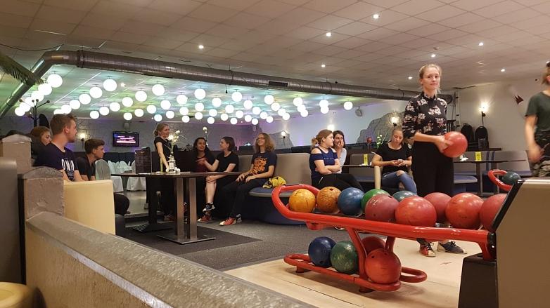 Die Schülergruppe beim Bowling©MDG-Nienburg