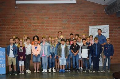 Eine neue Klasse trifft sich zum ersten Mal©MDG-Nienburg