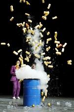 Physikanten-StickstoffExplosion.jpg