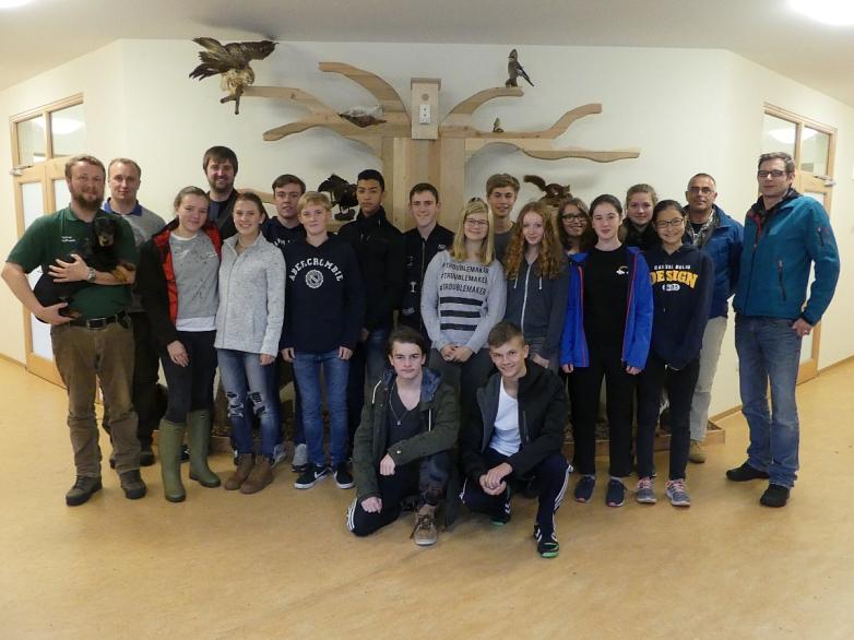 Teilnehmer aus allen Schulen beim Gruppenfoto©MDG-Nienburg
